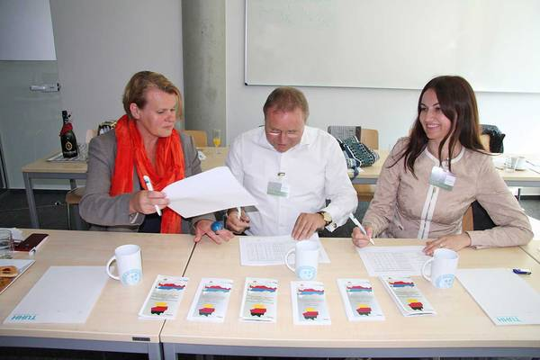 ABiRe project partners (from the left to the right: Kerstin Kuchta, Heinz Schelwat, Natalia Politaeva)